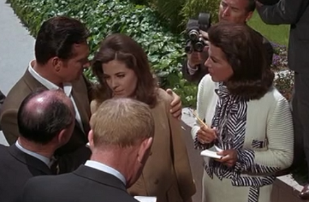 Jacqueline Susann's cameo in Valley of the Dolls